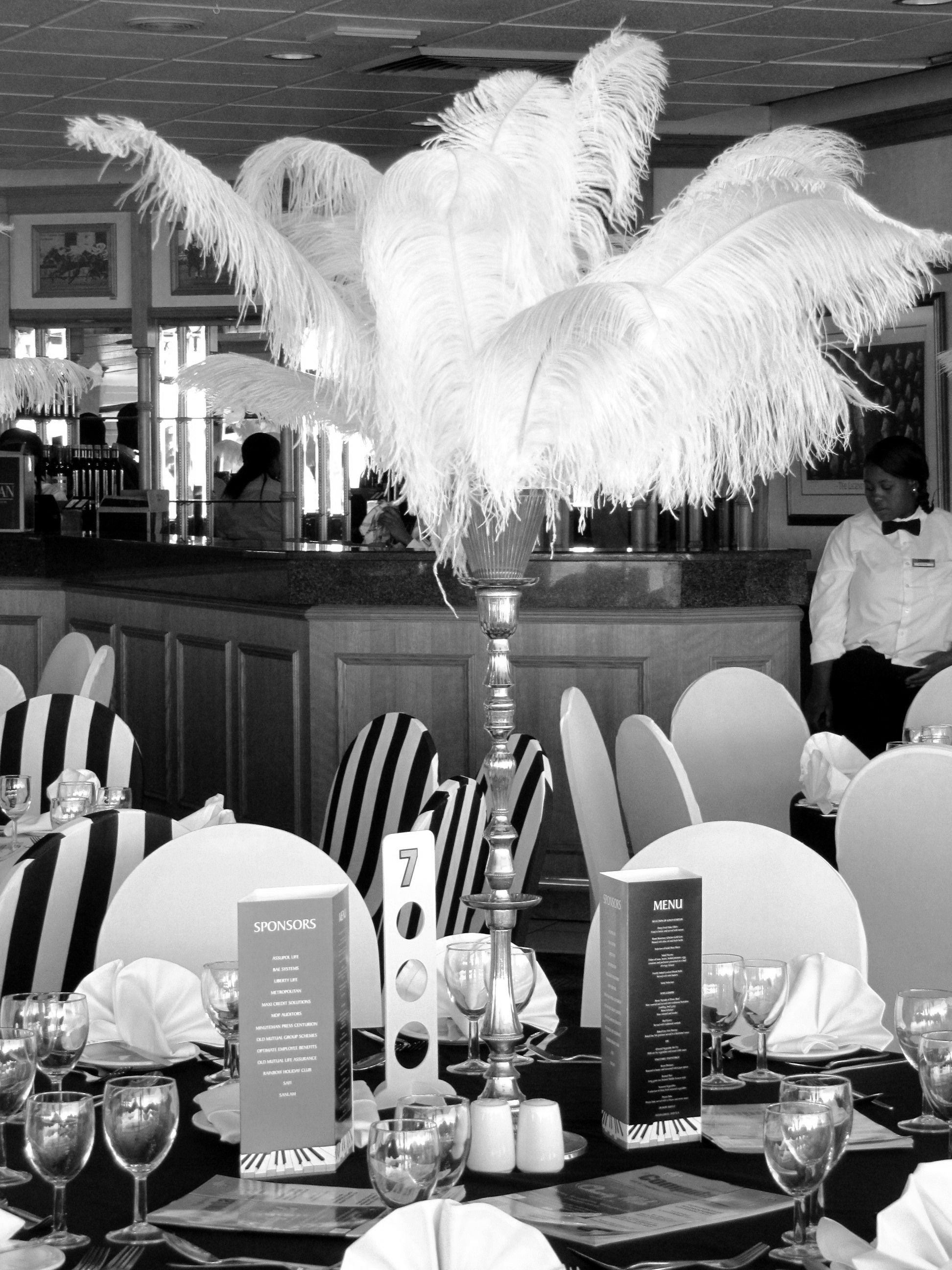 Speakeasy Decorations 1930 | Ostrich feather table ...
