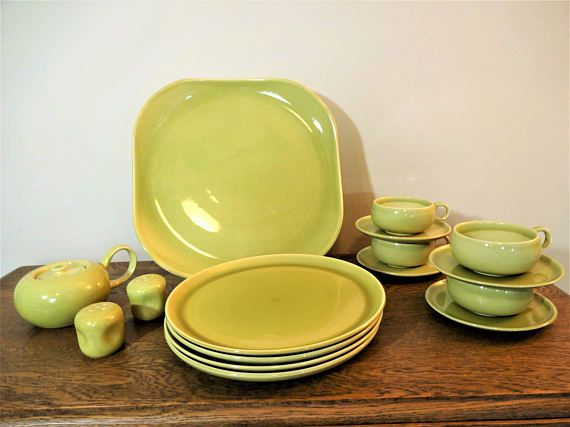 Russel Wright American Modern Dinnerware Set Chartreuse 16 & Russel Wright American Modern Dinnerware Set Chartreuse 16 | Mid ...