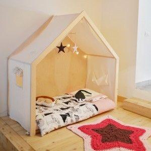 Letti A Terra Per Bambini.Lettino Montessori Tutti Giu Per Terra Letti Casa Lettino E