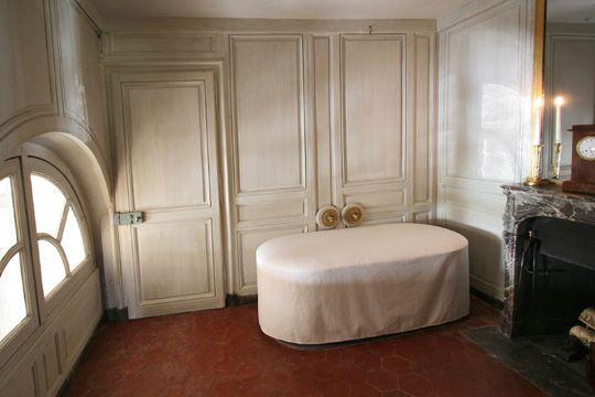 10 idées de PT2 - Bains | petit trianon, trianon, versailles