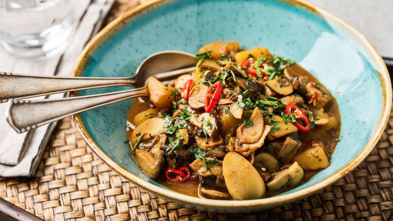 Kartoffel-Pilzcurry – basisch