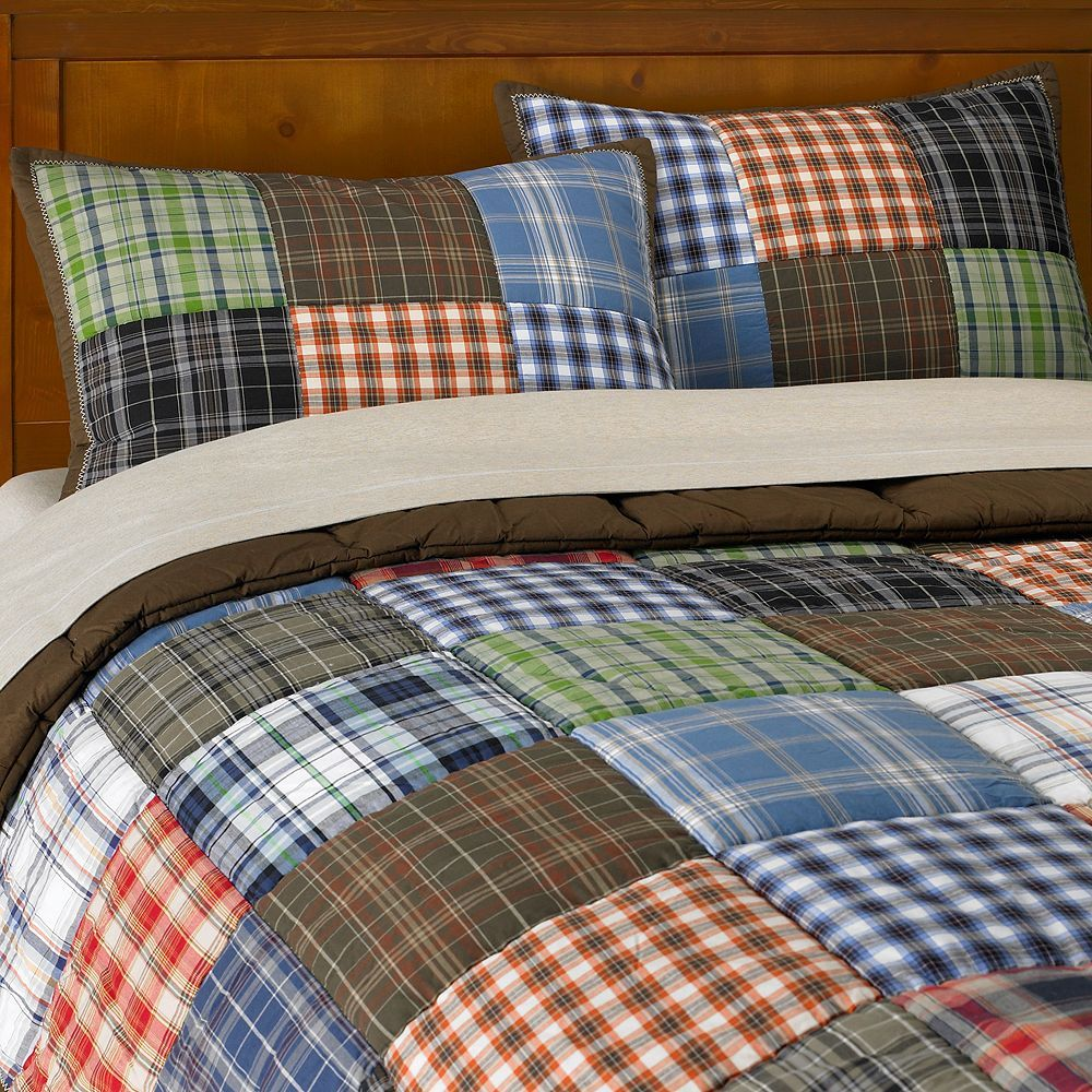 These would be so nice on the boys' beds Patchwork Quilt (This is ... : quilts for boys beds - Adamdwight.com