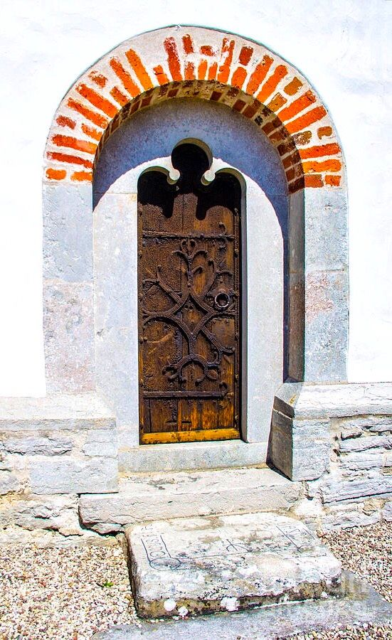 Trakumla Church Gotland Sweden Unique Doors Window Architecture Beautiful Doors