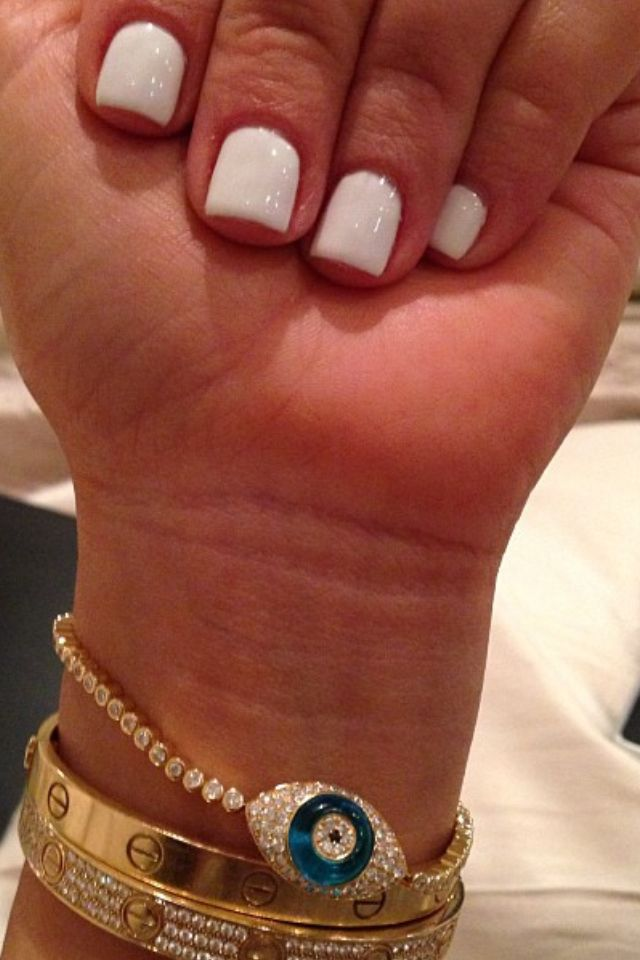 Kim Kardashian Eye Lavish Evil White Marshmallow Essie Color