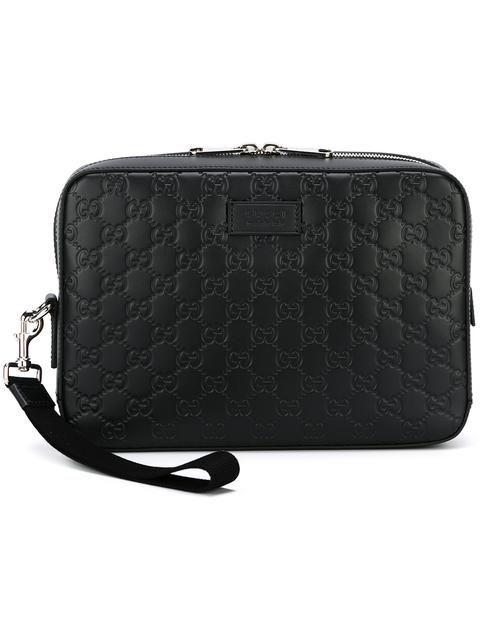 a77db87e38b5 GUCCI Gucci Signature clutch. #gucci #bags #shoulder bags #clutch #leather  #hand bags #