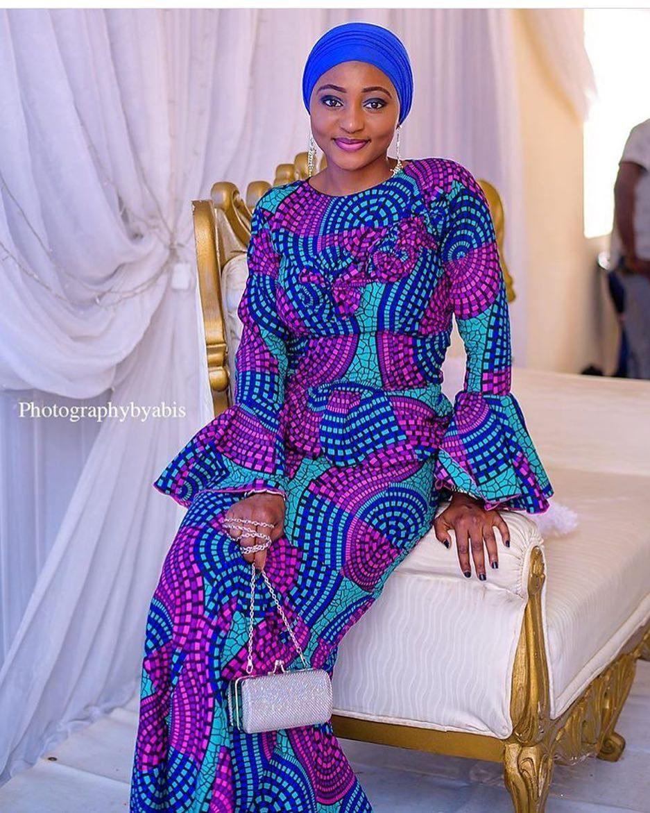 There are a variety of ways to enable yourself stand out with an Asoebi style, Even if you are contemplating about what to make and slay with an Nigerian Yoruba dress styles. Nigerian Yoruba dress styles for parties arrive in a good many patterns and designs.   The African print styles beauty of this print is that it comes in many designs and textures. Ankara will permit you make a assent of any cloth without losing the Ankara designs flair. #nigeriandressstyles