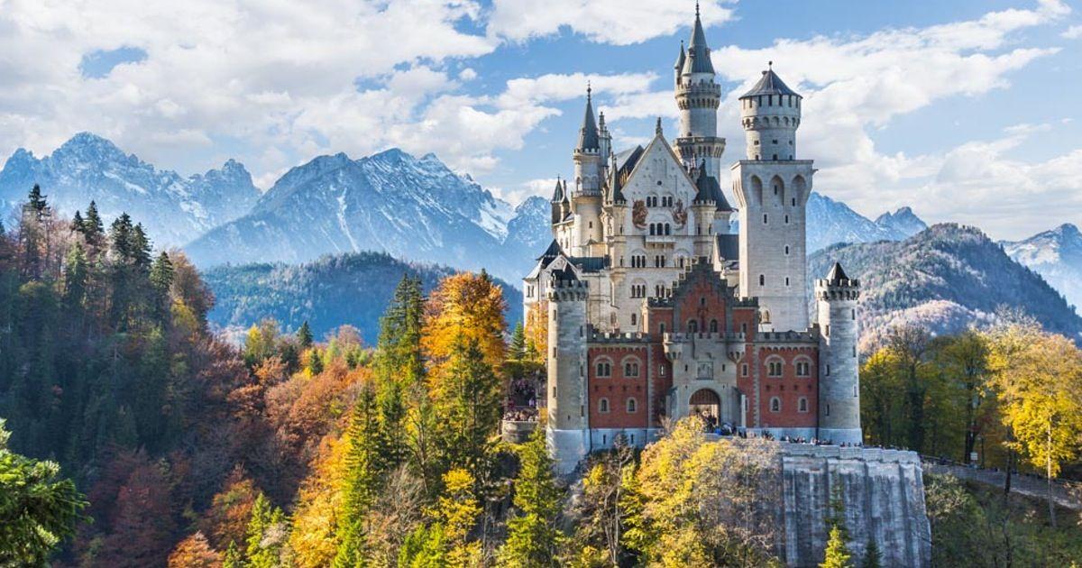 Hike Up Pollartschlucht To The Best Views Of Schloss Neuschwanstein Zamki Germanii Mesta Dlya Posesheniya Romanticheskie Mesta