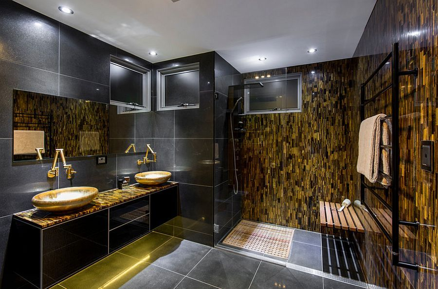 black and gold toilet. 15 Refined Decorating Ideas in Glittering Black and Gold
