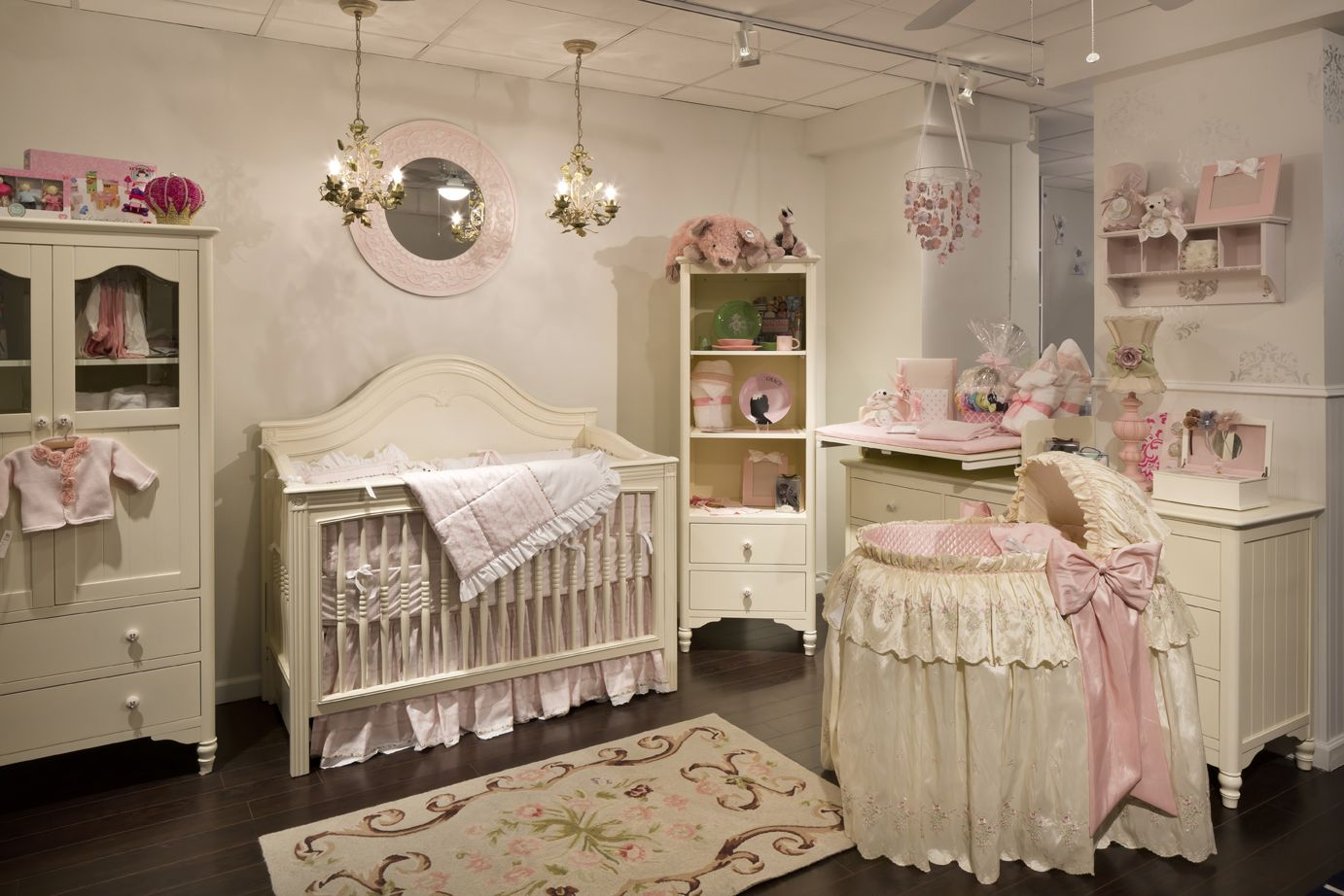 Bellini Cottage Collection In Antique White With Debby Crib Traditional Nursery Decor Furniture
