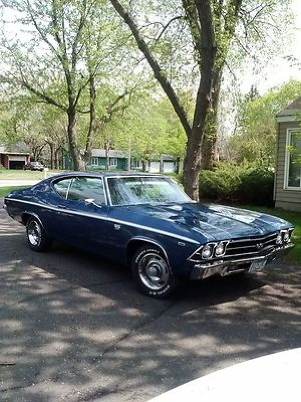 1969 Chevelle SS 396 I had a car just like this. 375 horses. 5 mpg ...