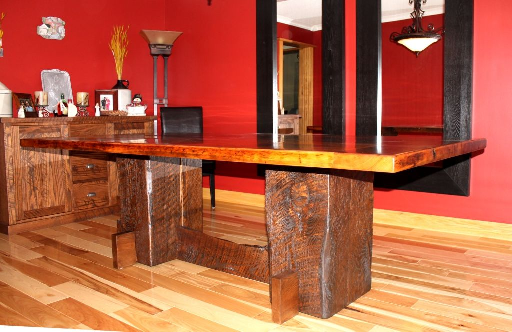Barbini Table and cabinet 1