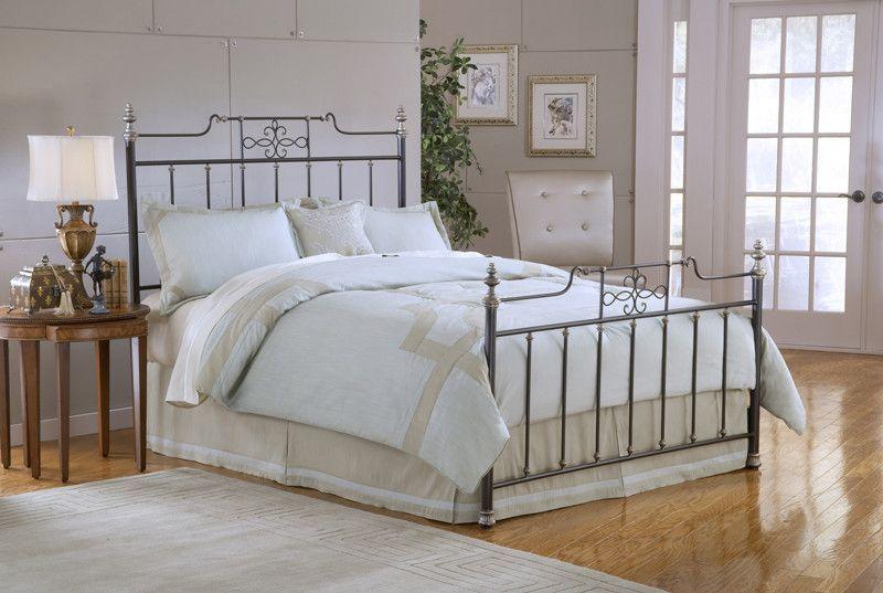 Hillsdale 1641BQR Amelia Queen Bed Set w/Rails Queen beds, Amelia
