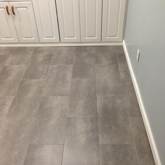Trafficmaster Ceramica 12 In X 24 In Coastal Grey Resilient Vinyl Tile Flooring