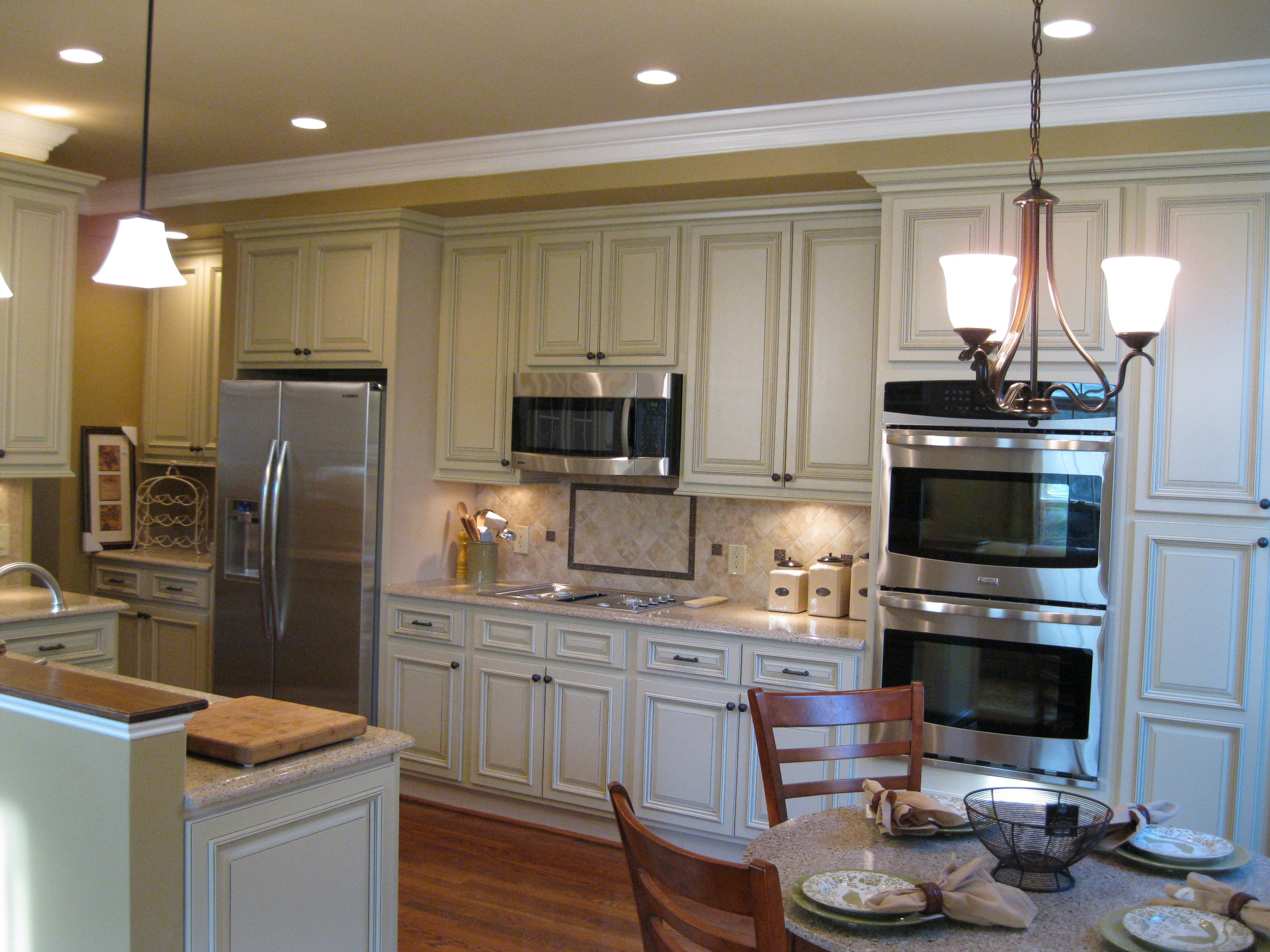 Heritage White Cabinets With Quartz Counter Top Countertops Cheap Countertops Diy Countertops
