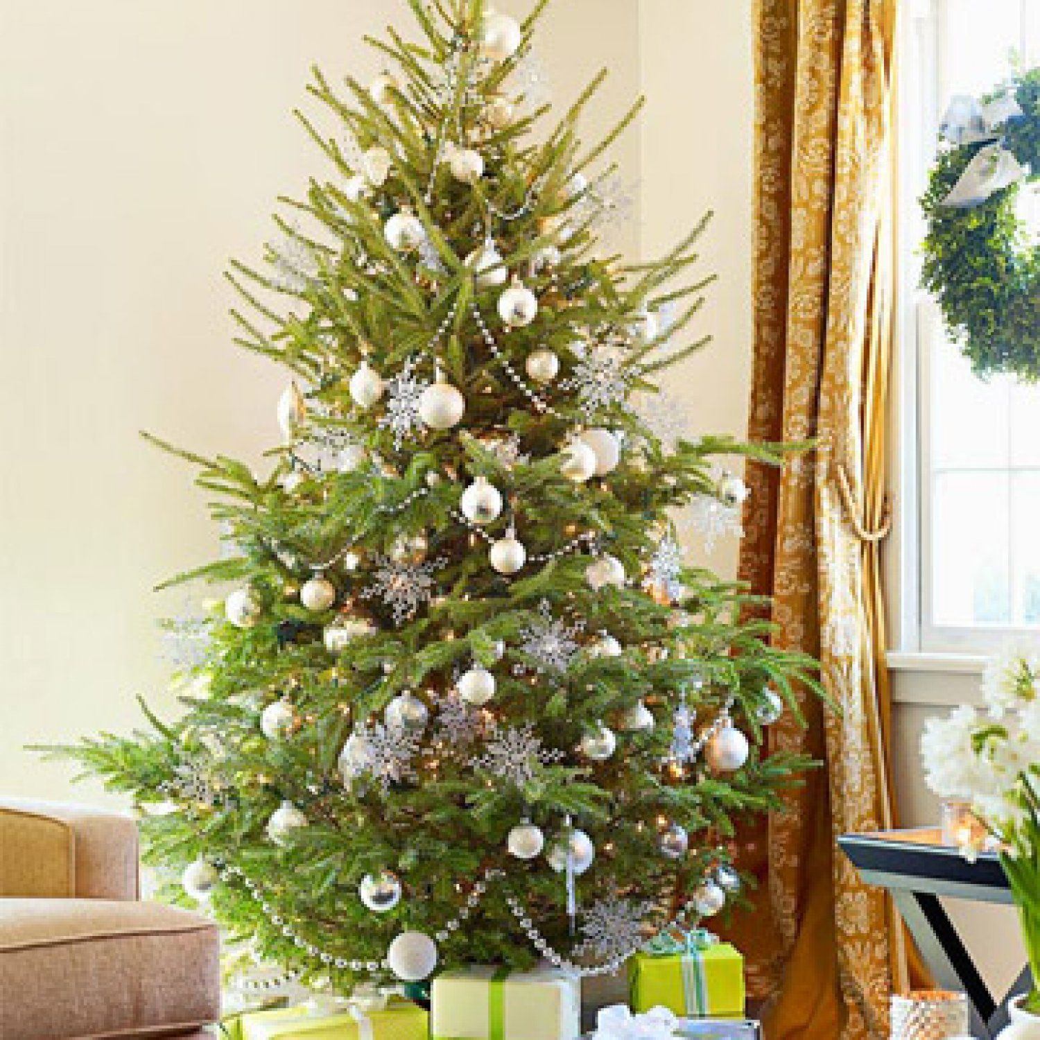 All Decked Out Simple Holiday Decorating Ideas