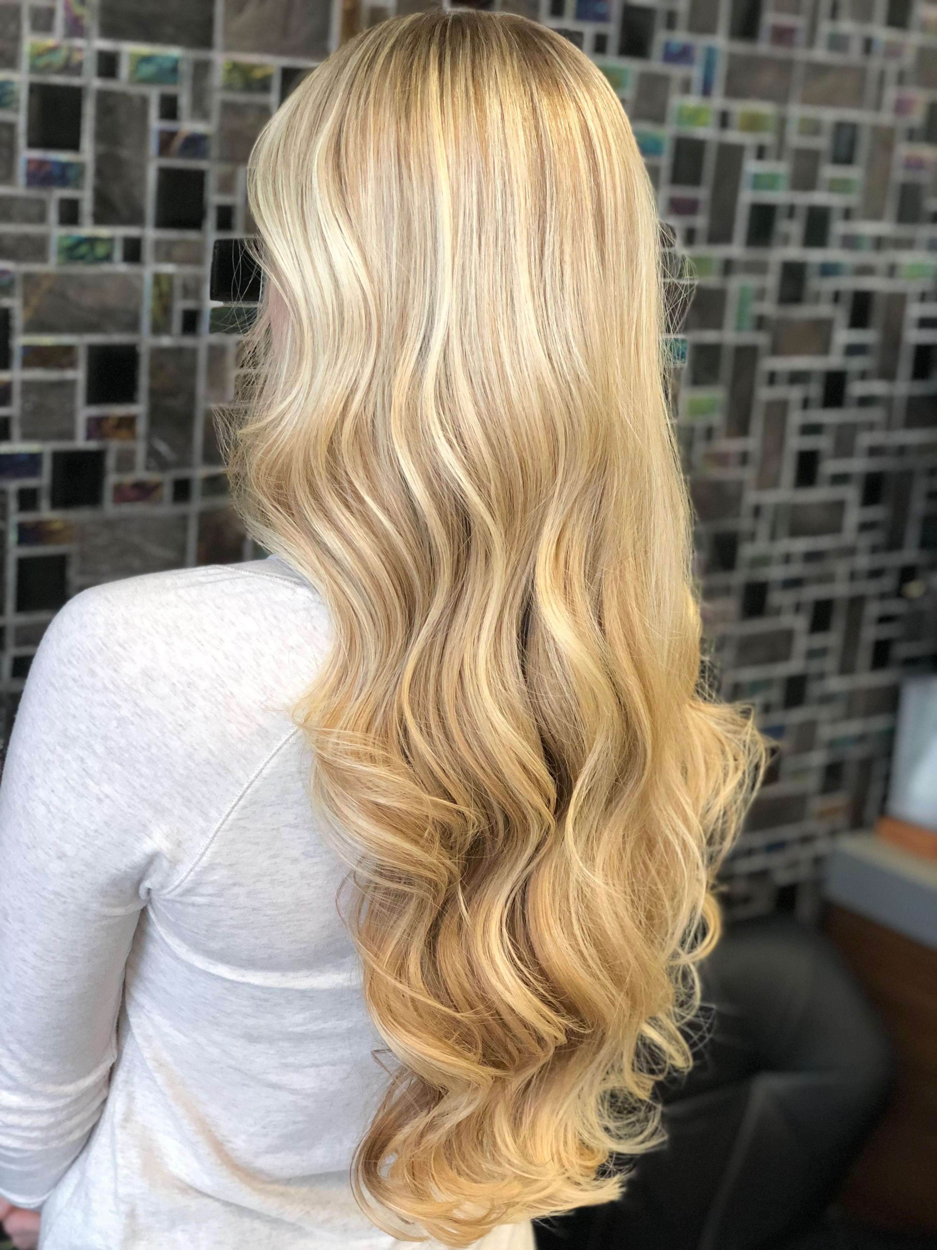 Pin By Chelsea Charters On Hair Yellow Blonde Hair Blonde Hair