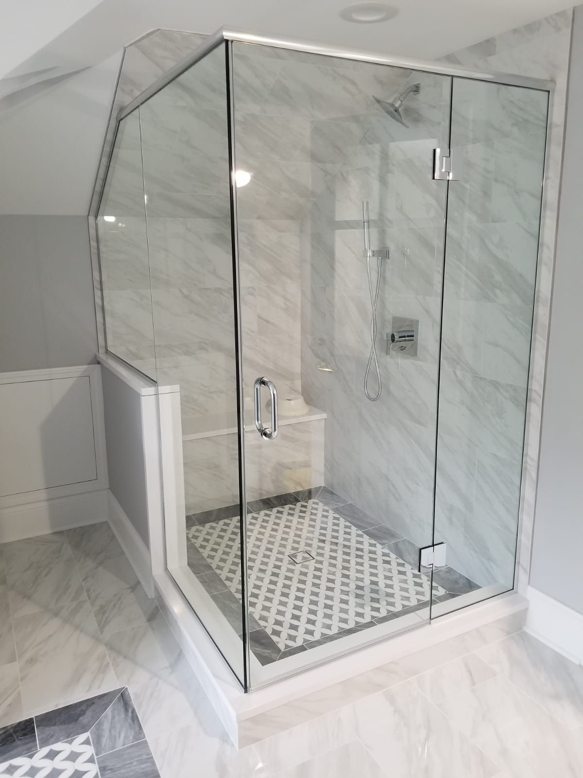 Frameless Clear Glass Shower Enclosure Bathroom Remodel Glass Glass Shower Enclosures Glass Shower Frameless Glass Shower Enclosure