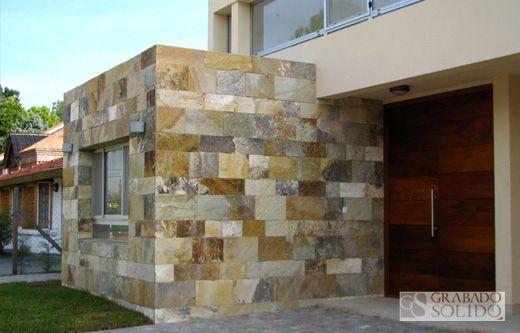 Piedras para paredes exteriores de piedra arenisca para casas rsticas el gneiss es una piedra - Revestimiento para exterior ...