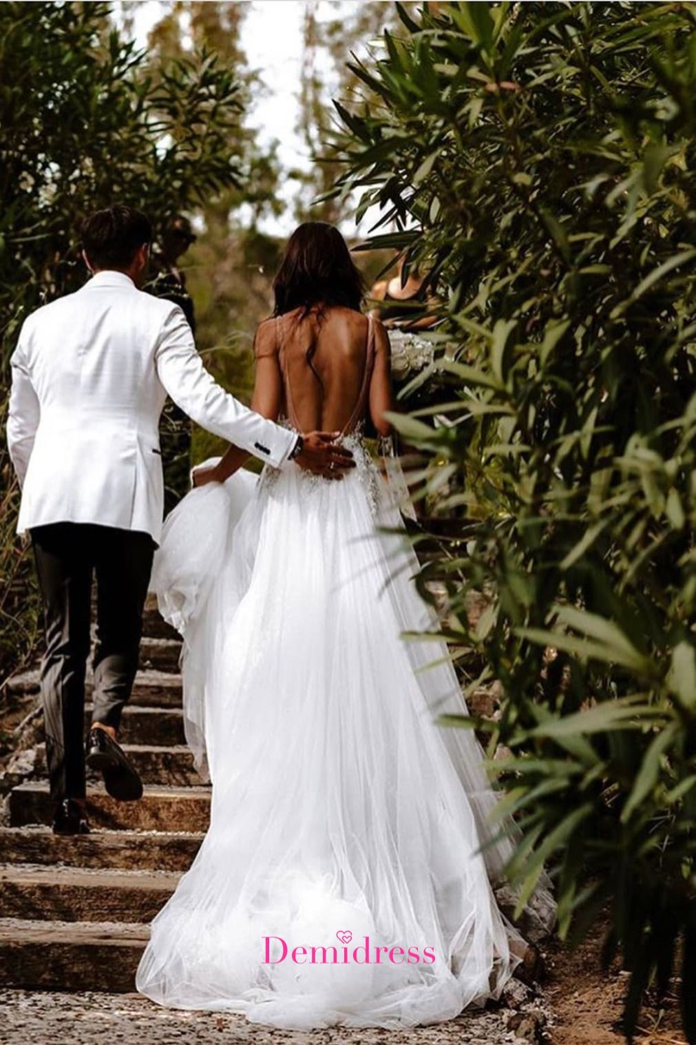 V Neck A Line Backless Wedding Dress Appliques With Tulle Wedding ...