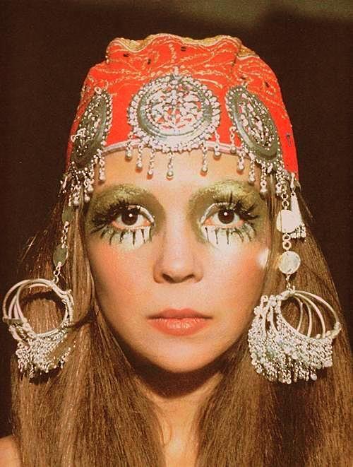Halloween Makeup Idea Hippie Chic Boho Chic 60s
