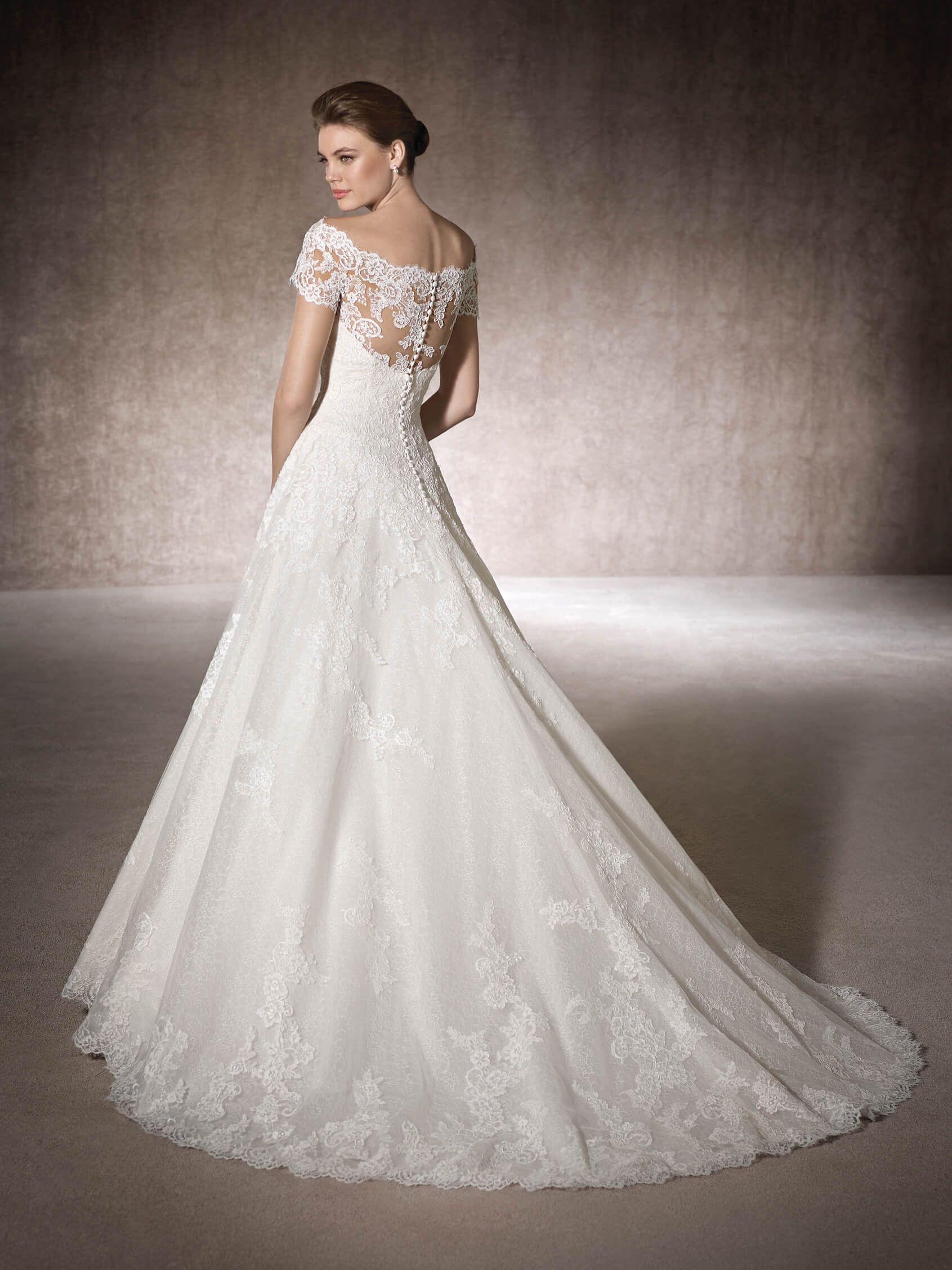 MERCURIA ist ein Brautkleid im Prinzessin-Stil aus Tüll, besticktem ...