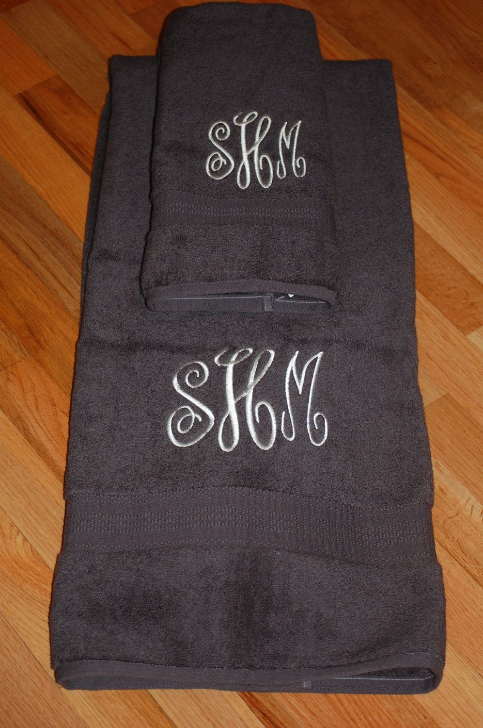 Monogrammed Towel And Handtowel Girly Girls Pinterest - Personalized bath towels for small bathroom ideas