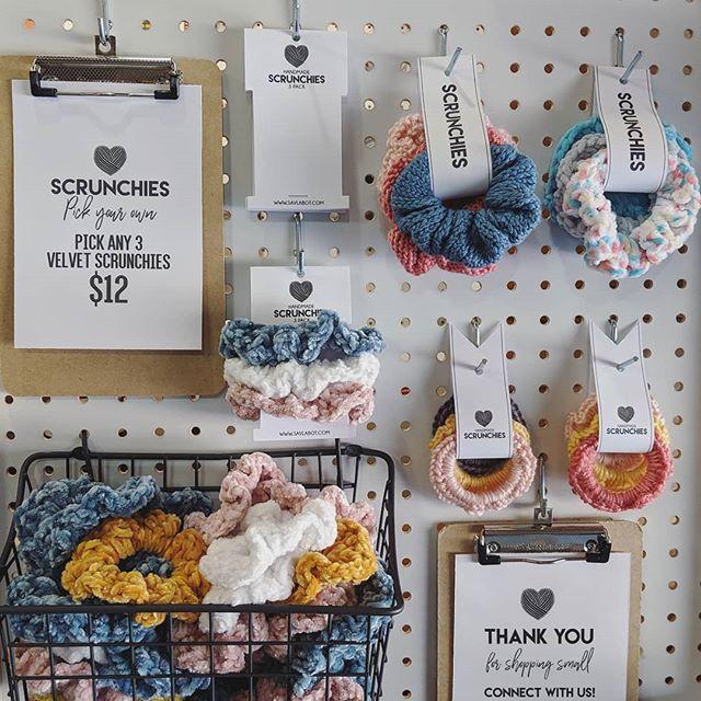 Free Knit & Crochet Scrunchies Patterns – Savlabot #crochetscrunchies