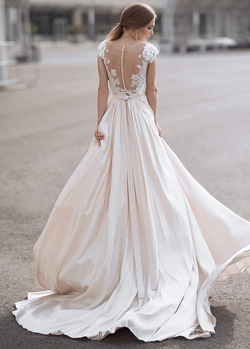 A Line Lace Tulle Wedding Dress