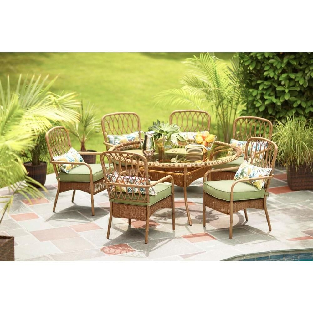 Hampton Bay Clairborne 7 Piece Patio Dining Set With Moss  Cushions D11079 7PC