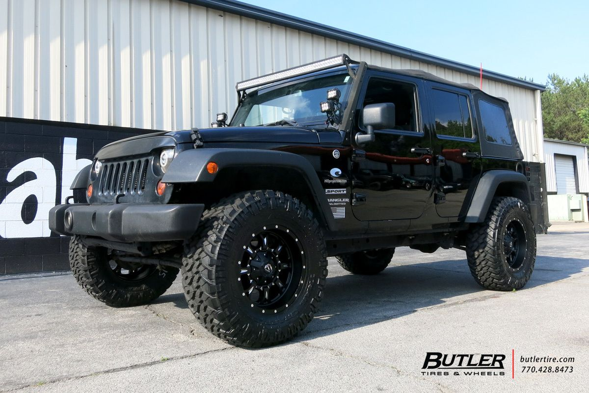 Jeep Wrangler With 18in Fuel Krank Wheels Jeep Wrangler Jeep Wrangler