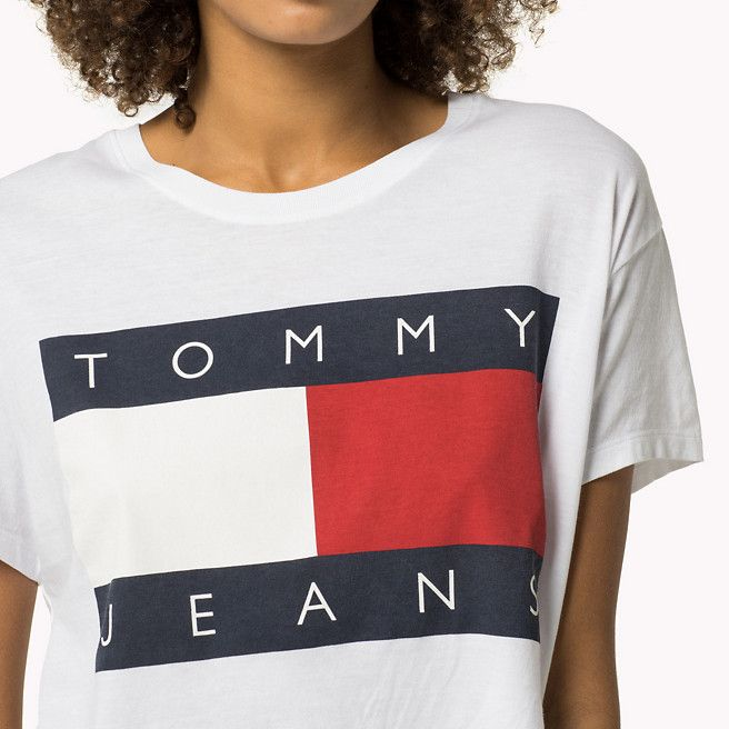 40971092 Tommy Hilfiger Cropped Logo T-shirt - classic white (White) - Tommy  Hilfiger T-Shirts - detail image 2