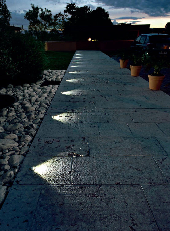 Amazing Solar Garden Lighting Ideas Uk For 2019 Outdoor Lighting Design Landscape Lighting Design Driveway Lighting