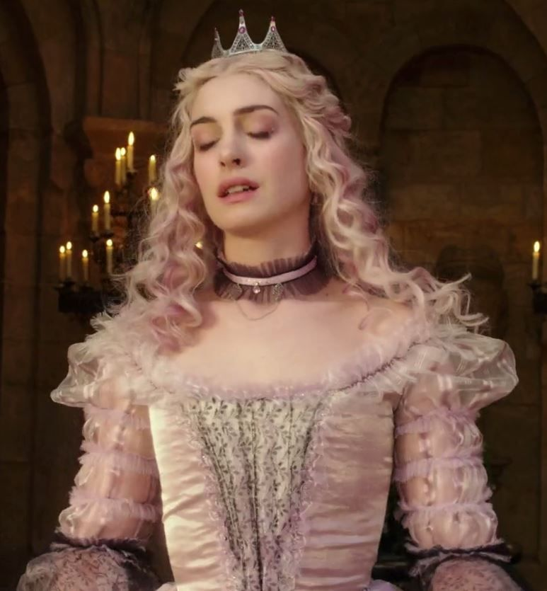 #AliceThroughTheLookingGlass (2016) - #WhiteQueen