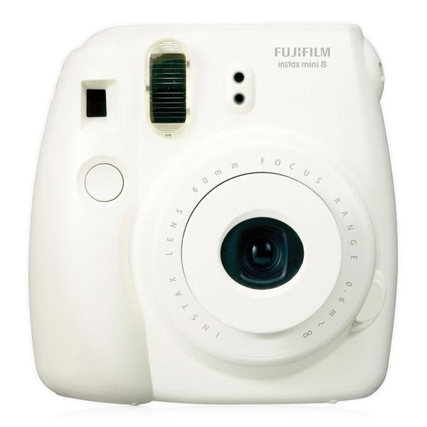 uva Fujifilm Instax Mini 8 SELFIE y cerrar lente