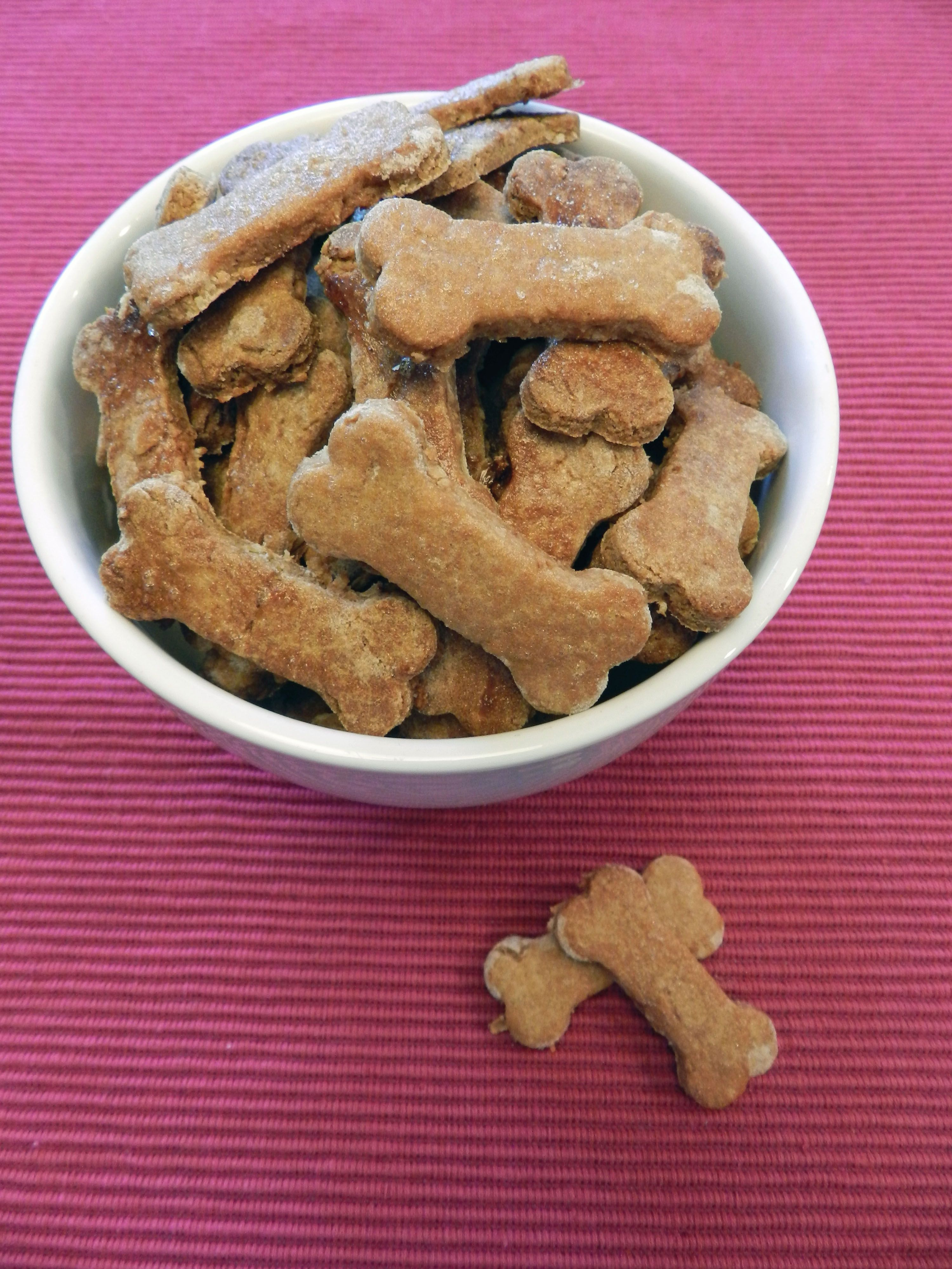 Peanut Butter And Banana Dog Biscuits Recipe Dog Food Recipes
