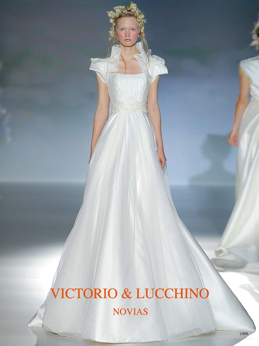 アクア・グラツィエがセレクトした、VICTORIO&LUCCHINO(ヴィクトリオ&ルッキーノ)のウェディングドレス、VL007をご紹介いたします。
