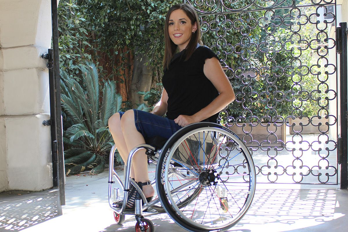 can t adaptive clothing that works your wheelchair kate can t adaptive clothing that works your wheelchair kate matelan helps you