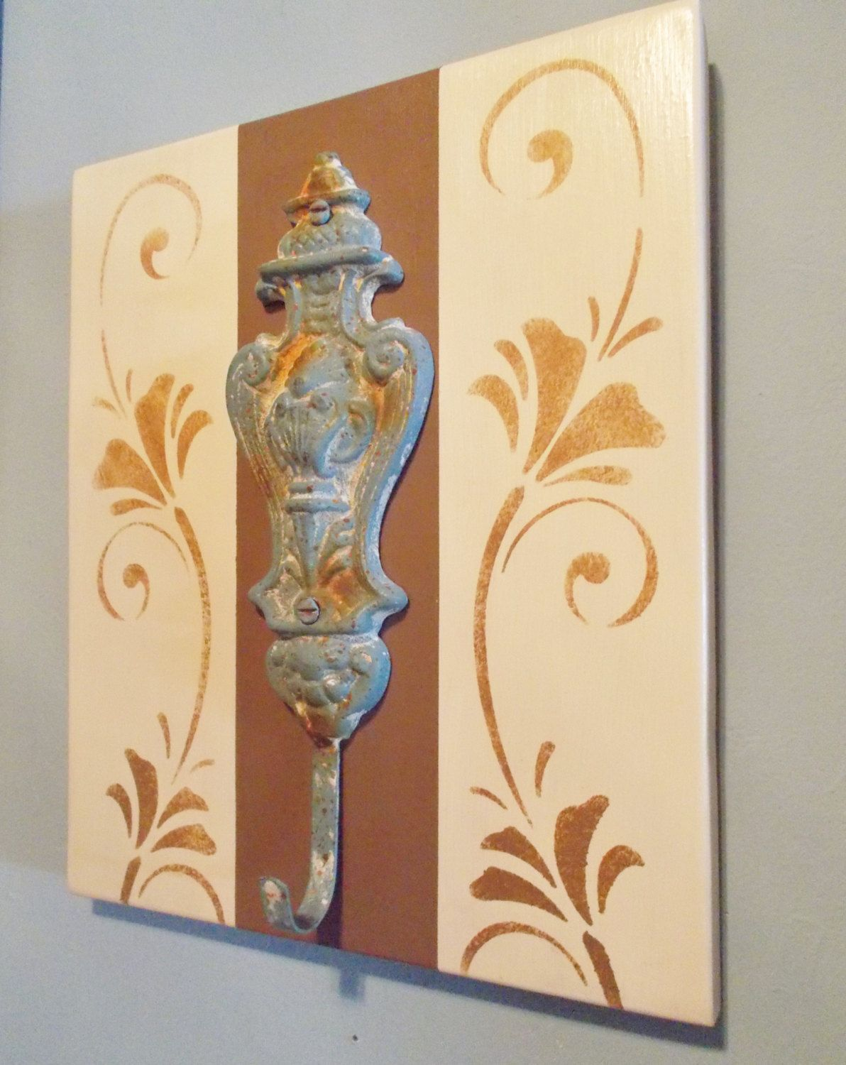 Old Fashioned What To Hang On Decorative Wall Hooks Pattern - The ...