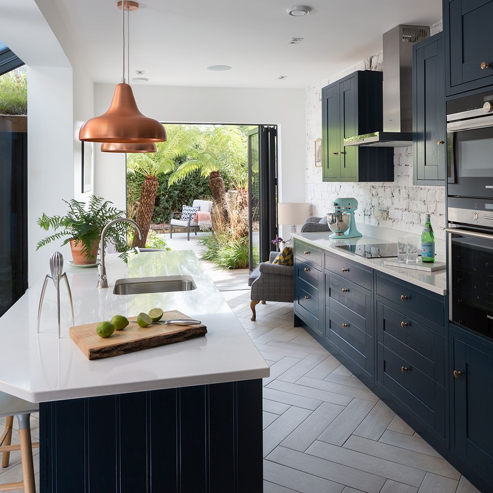 Navy kitchen makeover with mini side return extension