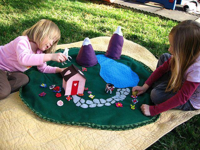 Felt house play mat - for the dollhouse.