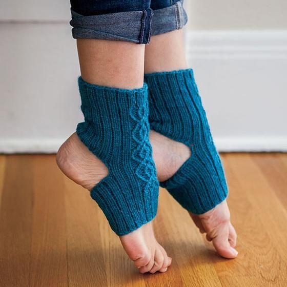 Breathe Yoga Socks pattern download | Yoga accesorios | Pinterest ...