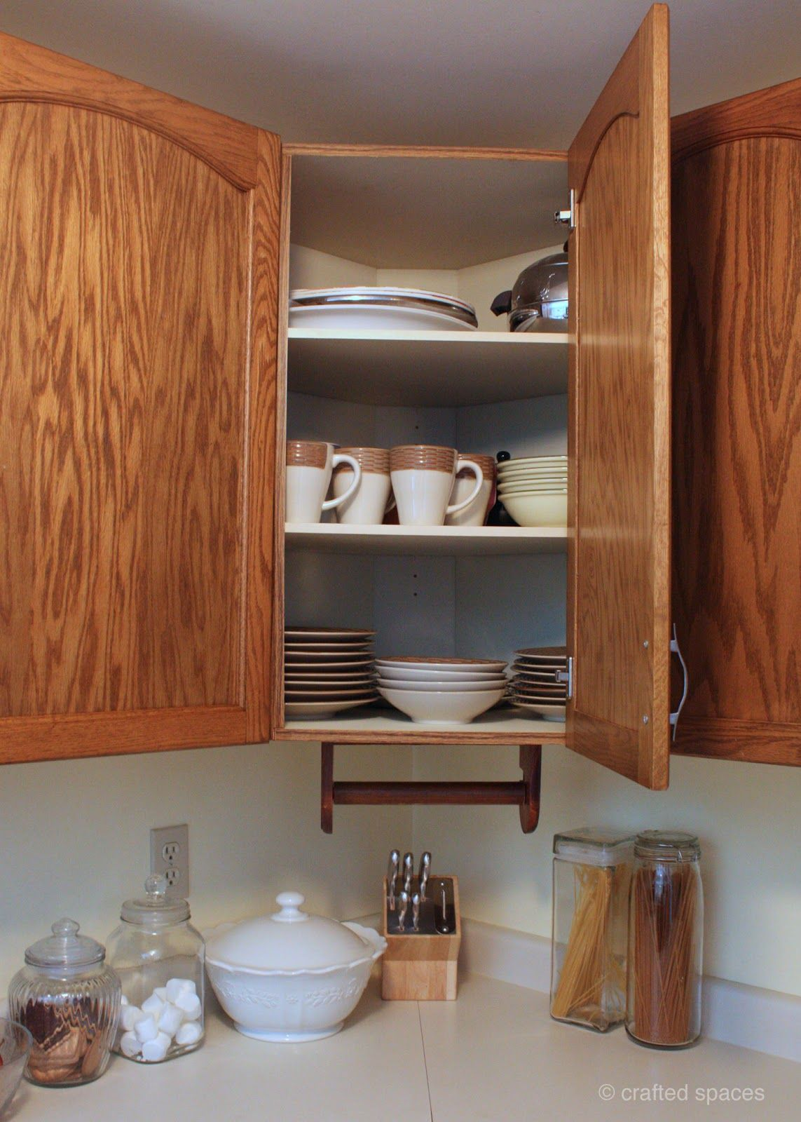organizing dishes please let this help me my cabinets are a huge mess and i have tons of on kitchen organization dishes id=68203