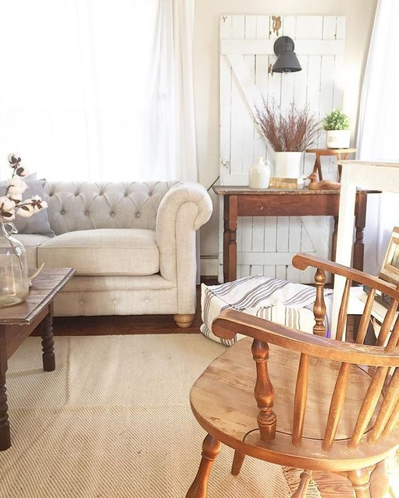 Eclectic Home Tour - The Willow Farmhouse | Chesterfield sofa ...