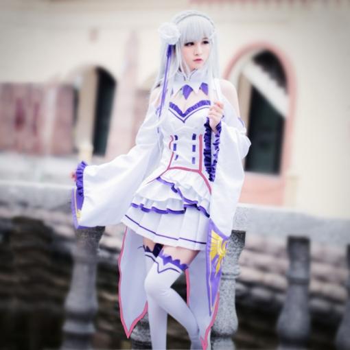 Photo of Re:Zero Emilia cosplay costume