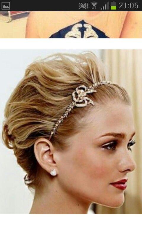 Mooi Kort Haar Met Haarband Kapsels Frisur Hochgesteckt Haare
