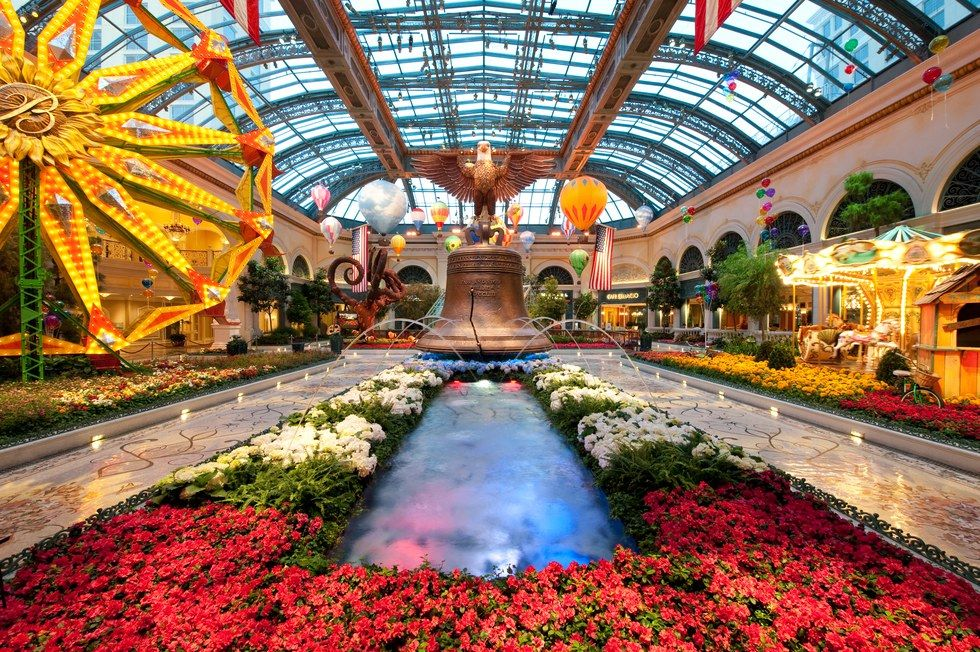 SPRING INTO SUMMER AT BELLAGIO'S CONSERVATORY & BOTANICAL