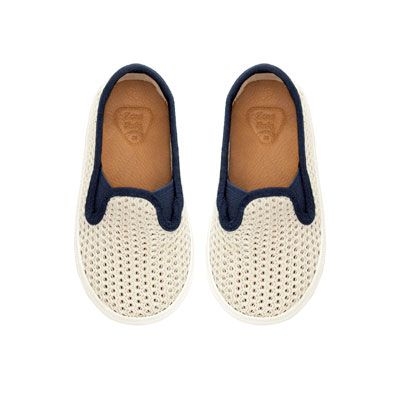 Mesh slip-on plimsolls for boys. Great for summer outfits with shorts and the Lanugo t-shirts. ;)