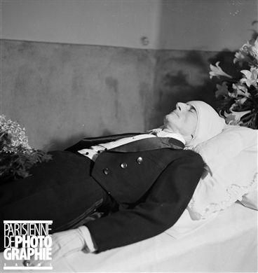 maurice ravel 1875 1937 compositeur fran ais sur son lit de mort d cembre 1937 music. Black Bedroom Furniture Sets. Home Design Ideas