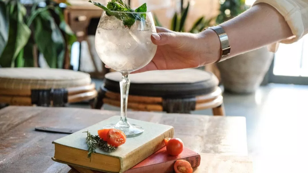 New gins worth checking out Gin bar, Gin tasting