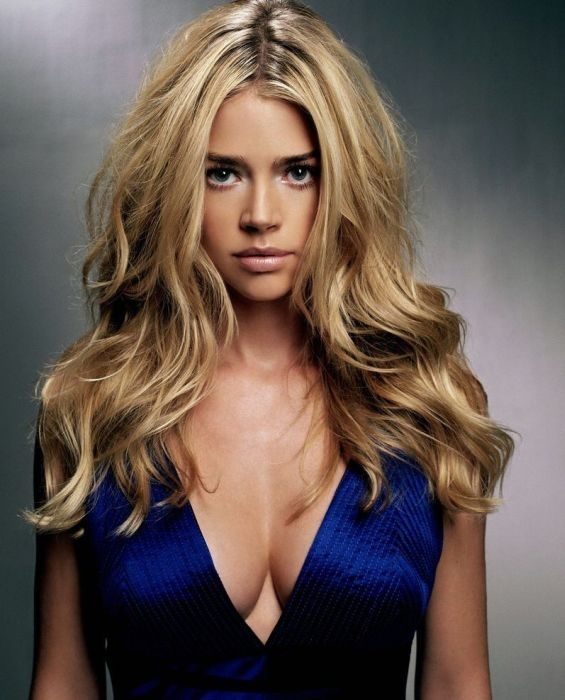 Denise Richards -Know how to get free #celebrity #fanmail #autographs? Click to find out.